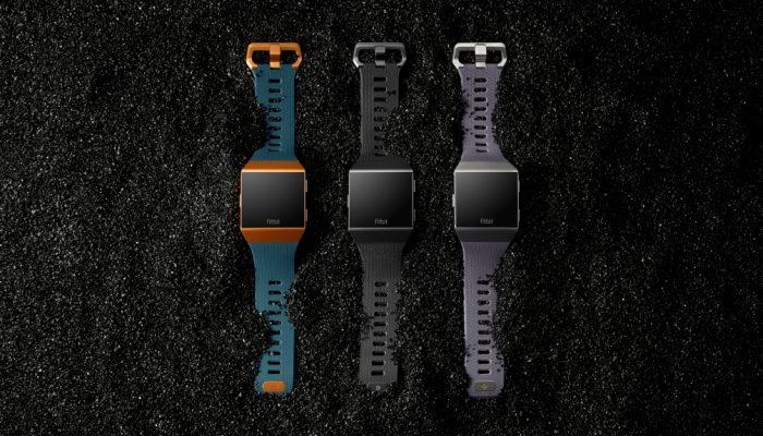 FitBit Ionic è disponibile in tre combinazioni di colori dai toni sobri